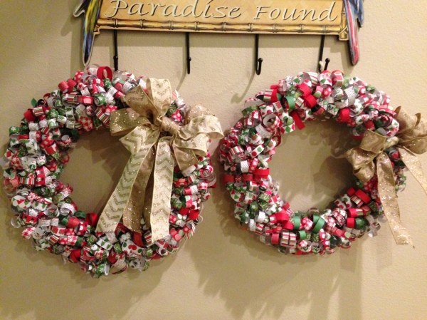 I wasn't the only one who brought a craft to share, check out these cute Christmas wreaths  two of my nieces made.